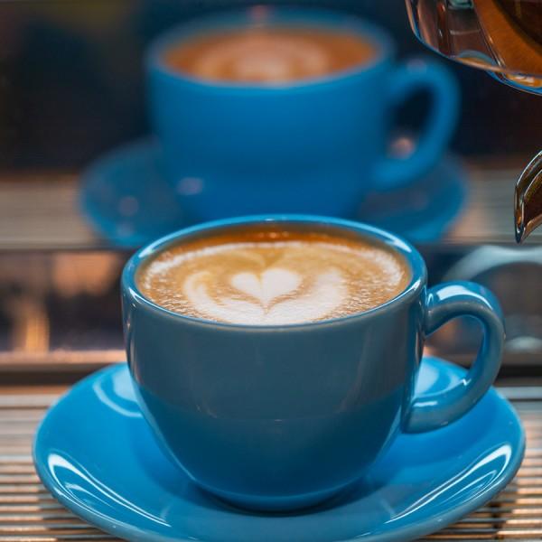 blaue-Tasse-Kaffee